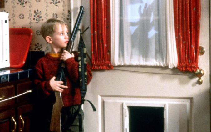 MACAULAY CULKIN HOME ALONE (1990)